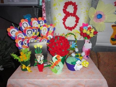 Выставка к празднику `8 марта` - ГБДОУ детский сад 14. далее.
